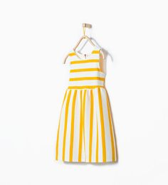Image 1 of Striped dress from Zara- Does this come in my size? Zara Outfit, Little Girl Closet, Little Fashionista, Baby Dress, Dress Girl, Girls Wear, Kind Mode, Summer Girls, Striped Dress