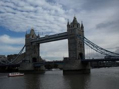 Londra: London Eye-Il Tamigi: Read the story and see 47 photos of a visit to Londra, United Kingdom by TravelPod member karlamato London City Tour, Tower Bridge London, Heathrow Airport, London Eye, Tour Operator, Great Places, United Kingdom, Tours, Travel