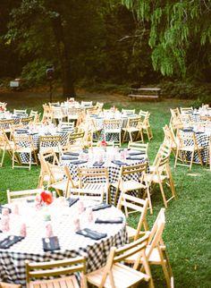 a Welcome BBQ to start off the wedding festivities Photography by Matt Edge Photography / mattedgeweddings.com