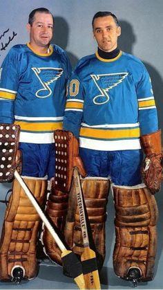 Celebrate Hockey Life with Hockey Shirts for the Hockey Mom, Hockey Dad, Hockey Player and Hockey Fan in your family. Hockey Baby, Hockey Goalie, Ice Hockey, Hockey Posters, Blues Nhl, Boston Bruins Hockey, Sports Personality, Hockey Shirts, St Louis Blues
