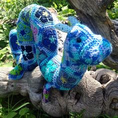 Ravelry: Hydra the African Flower Large Ogopogo pattern by LineandLoops