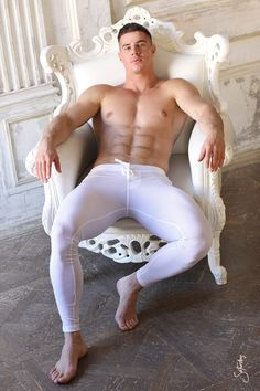 This site contains images of hot, sexy naked men. It also has images of hot, sexy naked men loving other hot, sexy naked men. Then there are images that reveal the quirky bits of me. Divas, Just Beautiful Men, Gorgeous Guys, Muscle Boy, Muscle Hunks, Long Johns, Hot Hunks, Male Feet, Shirtless Men