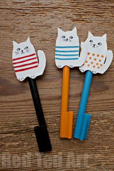 Craft Foam Cat Pencil Toppers & Finger puppets from Red Ted Art