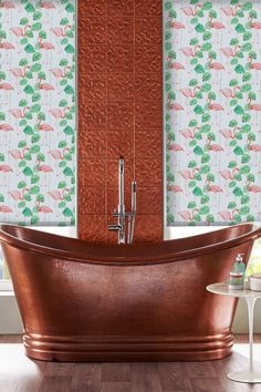 Our fun and stylish Flamingo Pink Roller blind is perfect for adding a tropical feel to any room. The vibrant pattern features pink flamingos and green tropical leaves as well as a blackout coating meaning it's a great choice for bedrooms.