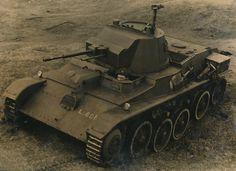 Landsverk L-60 № L601 в составе ирландской армии, конец 30-х годов. Эта машина стала первым экспортным танком шведского производства.