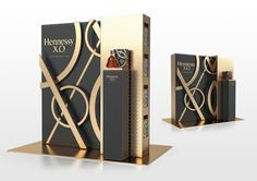 Hennessy XO Limited Edition on Packaging of the World - Creative Package Design Gallery Trophy Display, Wine Display, Signage Design, Branding Design, Identity Branding, Corporate Design, Visual Identity, Hennessy Xo, Environmental Graphic Design