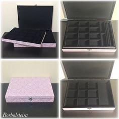Caixa de veludo para joias. 2 andares na cor rosa claro.