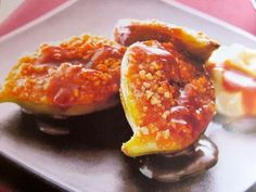 Warm Figs with Almonds