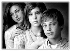3 siblings photography poses - Google Search