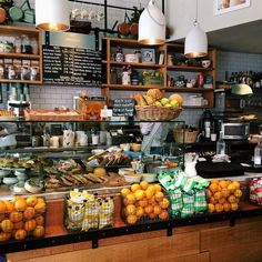 muriel& kitchen londres is part of Coffee shops interior - Cafe Restaurant, Restaurant Design, Deli Shop, Cafe Shop, Smoothie Bar, My Coffee Shop, Coffee Shop Design, Coffee 21, House Coffee