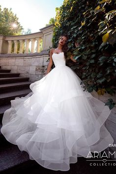 2019 New Strapless Tulle A Line Wedding Dresses Layered Ruffles Court Train Wedding Bridal Gowns With Lace Up Back robe de mariée Wedding Dresses For Girls, Princess Wedding Dresses, Wedding Bridesmaid Dresses, Bridal Dresses, Gown Wedding, Fall Wedding, Princess Bridal, Cinderella Wedding, Vintage Princess