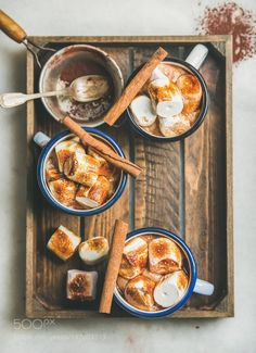 Hot chocolate with cinnamon and roasted marshmallows by 2enroute  IFTTT 500px