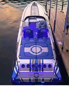 """Luxury Yatchs Mega Interior Lifestyle Design Most Expensive Boat 👉 Get Your FREE Guide """"The Best Ways To Make Money Online"""" Fast Boats, Cool Boats, Speed Boats, Power Boats, Small Boats, Fountain Powerboats, Fountain Boats, High Performance Boat, Utility Boat"""