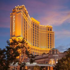 Casino Night Party, Casino Theme Parties, Casino Tattoo, Casino Royale Theme, Hotels And Resorts, Theme Tattoo, Casino Logo, Palazzo, Casino Dress