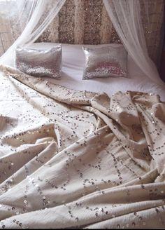 Moroccan Wedding Blanket www.boutiquemaroc.co.uk