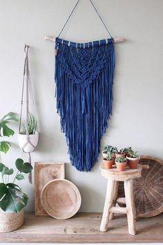 Tshirt yarn Wall Hanging - Macrame wall hanging 'It's A Kind Of Magic'. Macrame Art, Macrame Projects, A Kind Of Magic, Deco Boheme, Yarn Wall Hanging, Yarn Inspiration, Recycled Fashion, Recycled Fabric, T Shirt Yarn