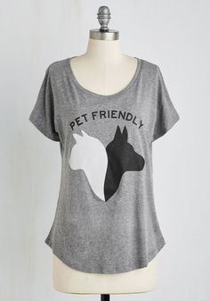 As Good As It Pets Top. Share your enthusiasm for your feline friends and canine companions with this heather grey tee! #grey #modcloth