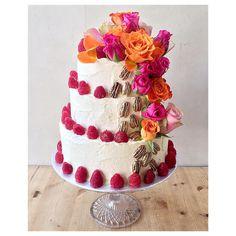 yesterday's #cake  light vanilla Victoria #sponge layers w/ #raspberries & #pecans