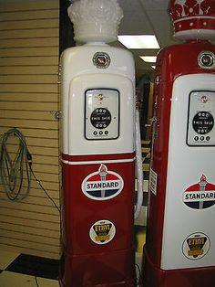 Antique/vintage Restored M&S 80 Cyclops gas pump done in Standard oil Item#1328
