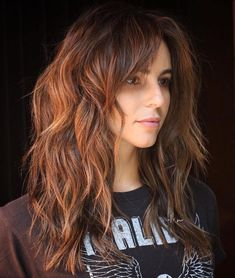 layered hair Layered Copper Brown Cut for Thick Hair Long shag hairstyles for women come in all shapes and lengths, but when you need one for thick hair, a choppy cut with layers thro Long Shag Hairstyles, Long Shag Haircut, Long Layered Haircuts, Haircut For Thick Hair, Wavy Haircuts, Messy Hairstyles, Wedding Hairstyles, Hair Cuts Thick Hair, Hairstyle Men