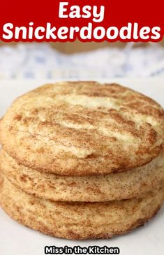 Easy Snickerdoodles are soft and chewy just like the ones you love! Ready in under 30 minutes, you can enjoy these cookies any day of the week.Snickerdoodles are a classic cookie for packing in lunch boxes or to bake and share for the holidays. Everyone loves them and they are the perfect sweet treat for any occasion. Amazing Cookie Recipes, Best Dessert Recipes, Easy Desserts, Sweet Recipes, Holiday Recipes, Easy Recipes, Vegan Recipes, Dinner Recipes, Chocolate Chip Walnut Cookies