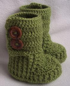 Makes you just wanna squeeze this precious invisible baby in these boots!!! SO presh!!