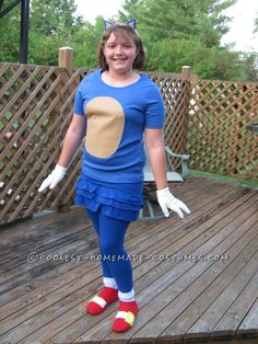 Girly Sonic the Hedgehog Costume  sc 1 st  Pinterest & Cool Couple Halloween Costume: Sonic the Hedgehog and Amy Rose ...
