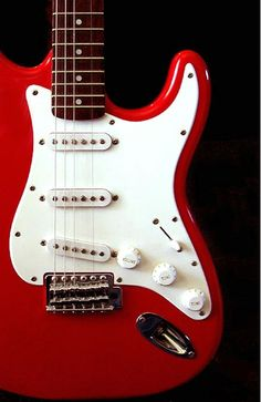 Fender Stratocaster. Looks just like mine. Only newer.