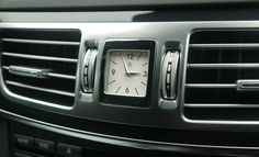 Mercedes-Benz E-Class clock