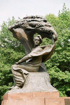 Günstige Polen garantierte Rundreise 2014 Garden Sculpture, Outdoor Decor, Poland, Round Trip, Red, Viajes