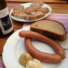 """Stop by at a """"Heurigen"""" and enjoy a traditional snack. #feelaustria"""