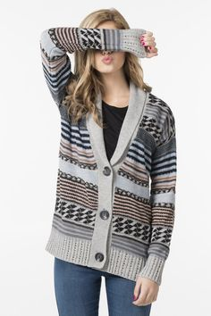Get the latest trends in women's clothing at Ardene. Shop fashion tops, bottoms, dresses, and more in a variety of styles, fabrics and prints for all seasons. Sweater Jacket, Knit Cardigan, Cool Outfits, Fashion Outfits, Womens Fashion, Latest Trends, Dress Up, Peach, Pullover