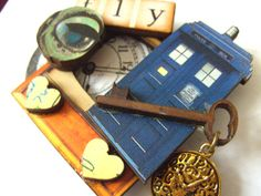 Dr Who brooch wood TARDIS blue brown retro key by NewellsJewels, £10.00