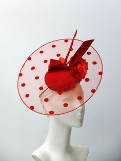 DIY - Handmade Purse and Wallet Ideas & Sew Recommendations - Wewer Fashion Facinator Hats, Fascinators, Red Fascinator, Headpieces, Idda Van Munster, Red Hat Society, Millinery Hats, Stylish Hats, Fancy Hats