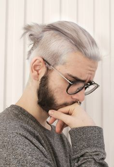Style For Men on Tumblr www.yourstyle-men.tumblr.com VKONTAKTE -//- FACEBOOK -//- INSTAGRAM https://www.facebook.com/YukoHairStraightening Grey Hair Dye, Blue Hair, Dyed White Hair, Dyed Hair Men, Men Hair, Lucky Blue, Beard Styles, Man Bun Hairstyles, Hairstyles 2016