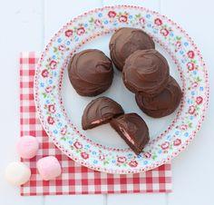 Chocolate Suprise Cookies - Bonjour Sucre