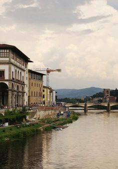 An Insider's Guide to Shopping in Florence, brought to you by @honestlywtf