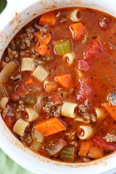 Pasta e Fagioli Soup - A classic Italian soup that is made with a tomato broth, . Pasta e Fagioli Pasta E Fagioli Soup, Pasta Soup, Irish Beef, Tomato Soup, Soup With Ground Beef, Beef Pasta, Beef Veggie Soup, Italian Soup, Kitchens
