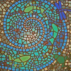 Mosaiksteine in der Gartengestaltung- Bastelideen und mehr Mirror Mosaic, Mosaic Wall Art, Mosaic Glass, Mosaic Tiles, Stained Glass Birds, Stained Glass Panels, Mosaic Crafts, Mosaic Projects, Mosaic Designs