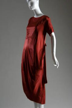 Afternoon dress, ca. 1917. Silk jacquard. Callot Soeurs, France. Gift of Mrs. Potter Palmer II. 1957.318