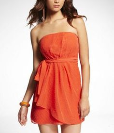 CLIP DOT STRAPLESS PLEATED TUBE DRESS at Express