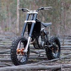 On BikeBound.com: KTM HiRider by @engineeredtoslide. : @dean_walters #ktm #ktm250 #250sxf #tracker
