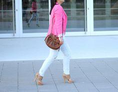 Fuchsia blazer & platform sandals
