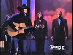 """Garth Brooks"" pays ""Tribute to Past Songs & Artists""  Concert of the Ce..."