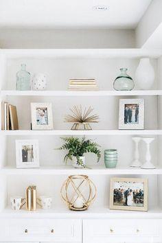 Kitnet & Studio Decoration: Designs & Photos - Home Fashion Trend Home Living Room, Living Room Designs, Living Room Decor, Bedroom Decor, Dining Room, Wall Decor, Decor Room, Living Room Wall Shelves, Alcove Decor