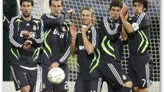 TOP 12: Las acciones más extravagantes del fútbol http://www.lostops.com/deporte/top-12-las-acciones-mas-extravagantes-del-futbol-86.html
