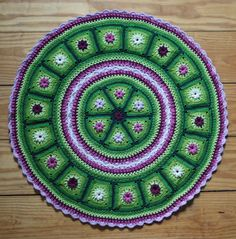 ***This listing is for the crochet pattern only. Finished crochet piece is not included!*** This crochet piece combined Granny Triangles Crochet Afghans, Crochet Squares, Crochet Granny, Crochet Doilies, Crochet Flowers, Crochet Stitches, Granny Squares, Hexagon Crochet, Crochet Round