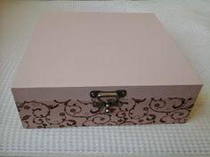 CAIXAS DE MDF DECORADAS: Caixa com divisórias. linda e elegante.