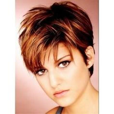 Trend kurzhaarfrisuren damen 2017 - My list of women's hairstyles Very Short Hair, Short Hair With Layers, Cute Hairstyles For Short Hair, Hairstyles For Round Faces, Pixie Hairstyles, Pixie Haircuts, Choppy Layers, 2014 Hairstyles, Trendy Hairstyles