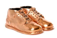 Simple and Precise Procedure on How to Bronze Your Baby's Shoes